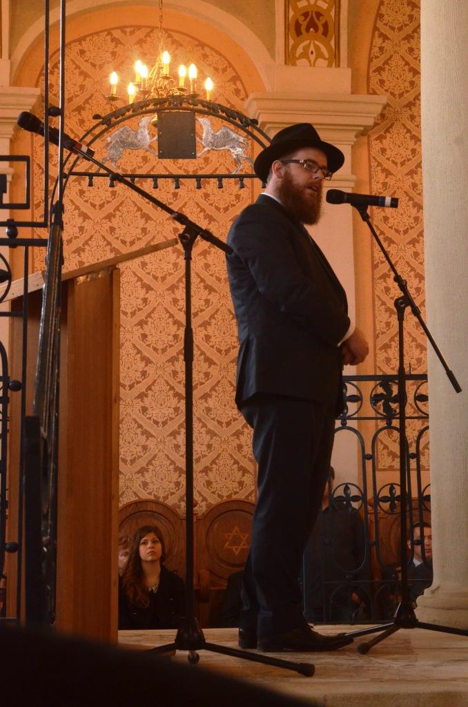 SynagogueMad16.04.2015MH12r