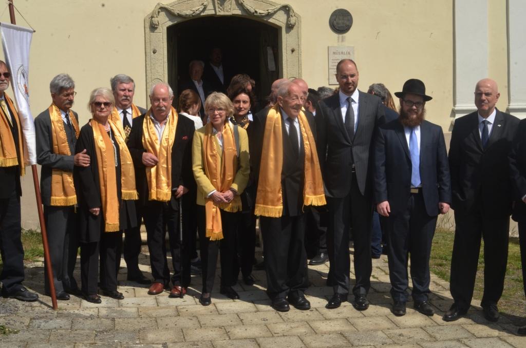 SynagogueMad16.04.2015MH4r