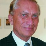 Dr. Cey-Bert Róbert